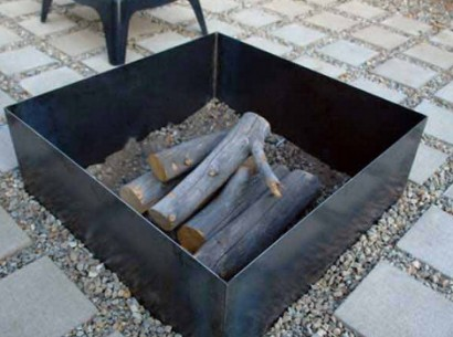 fire pit from simple metal pieces