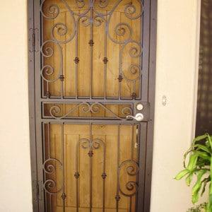 How to install a security screen door